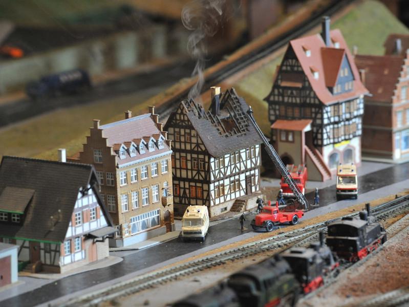 chemin de fer miniature